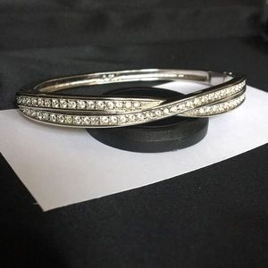 Swarovski Crystal Edith Twist Hinged Bracelet!